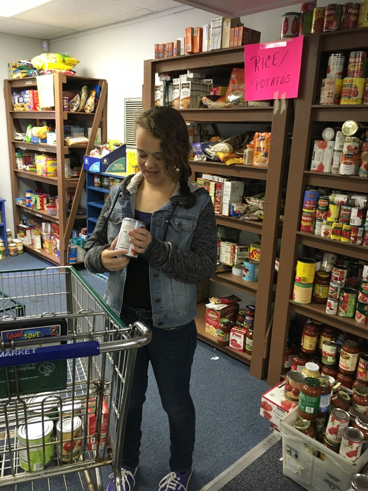 Students-Organize Belmont Food Pantry