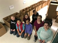 CMS Student Volunteers for Food Drive